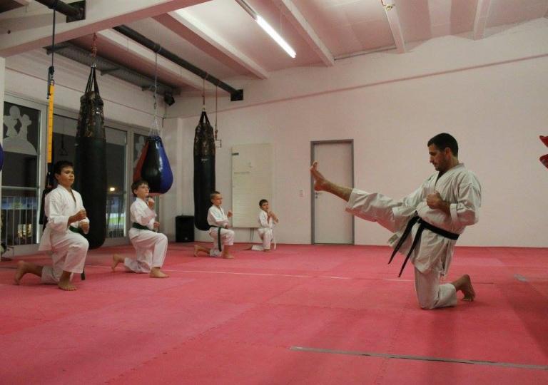 7.Karate