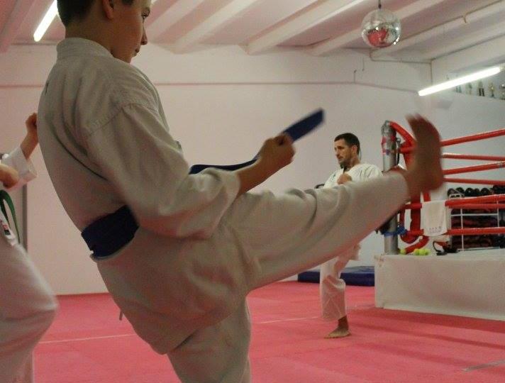 9.Karate